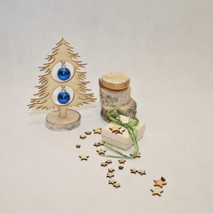 Choinka drewniana dekoracje świąteczne